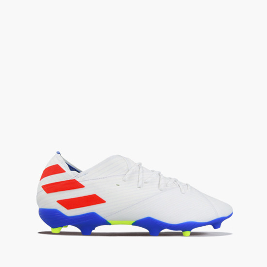 YesSport.co.uk sports shoes, supply across Europe